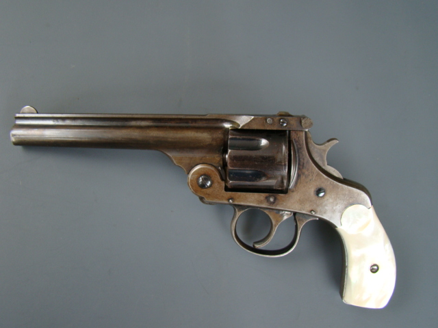 3017P H&R Auto Eject, 2 Model 1st Variation, 5 inch, 6 shot 32cf cal., Blue, Pearl, 1890, appears unfired.